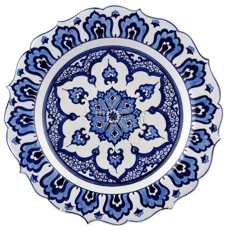 Mavi Beyaz Özel Desenli Çini Tabak