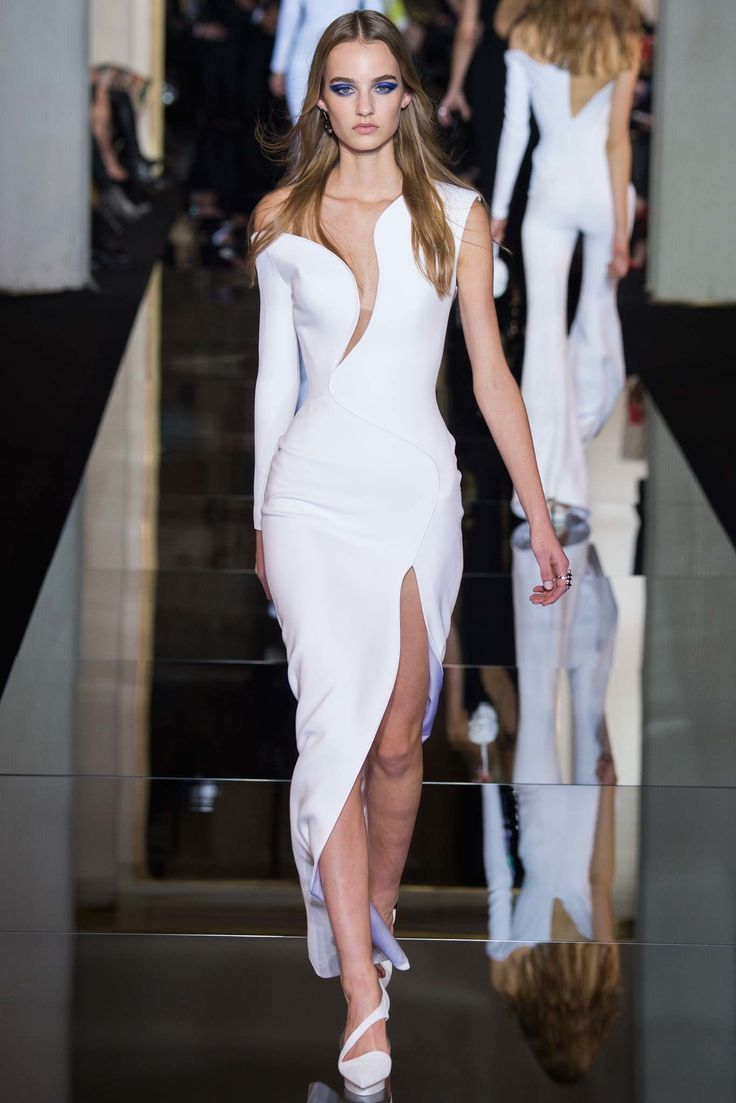 jewellery designer jobs Atelier Versace Spring 2015 Couture Collection Photos   Vogue
