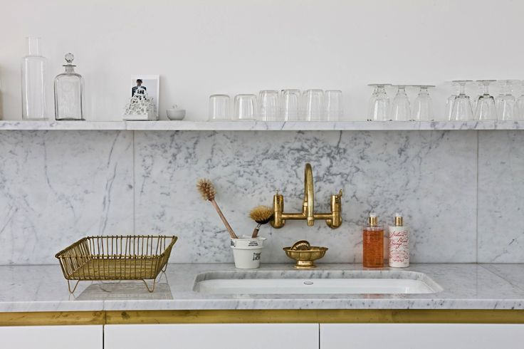 """Steal This Look: A Glamorous London Kitchen from a Designer with """"Shit Loads of Talent"""": Remodelista"""
