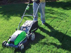 Best Self Propelled Lawn Mower Reviews Guide For 2016