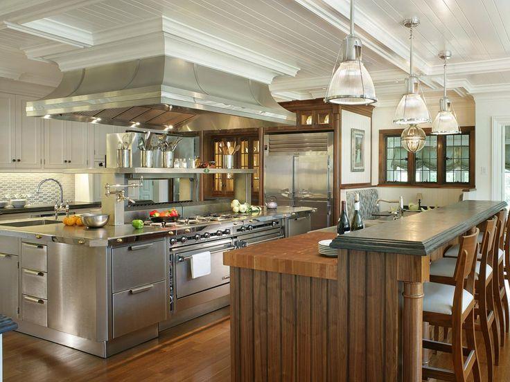 Mediterranean Kitchen Design: Pictures & Ideas From HGTV | Kitchen Ideas & Design with Cabinets, Islands, Backsplashes | HGTV