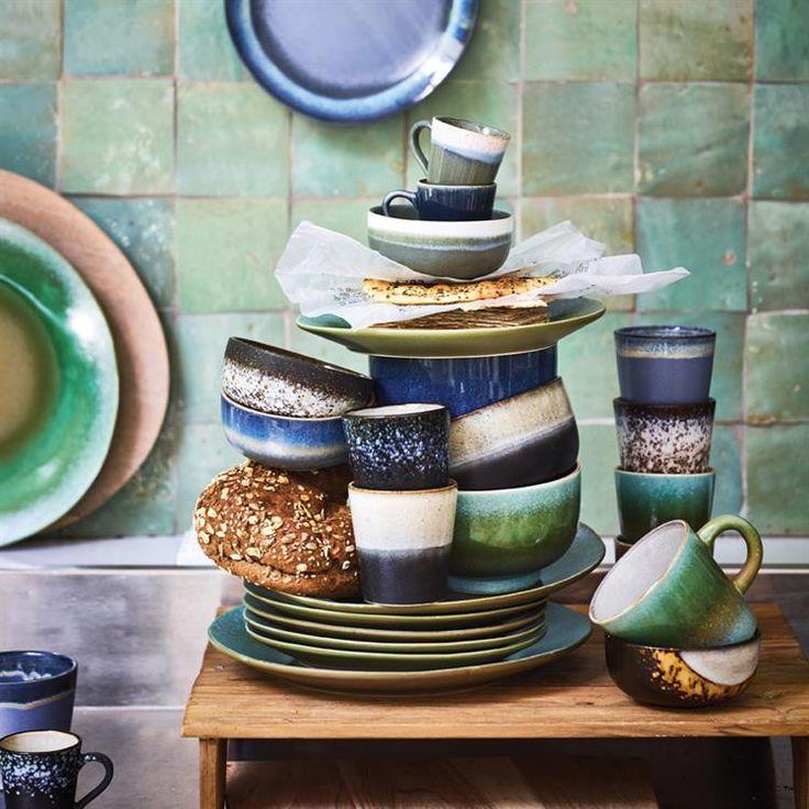 """HK Living  Keramik 70's Espresso Tasse, rock  HK Living bringt Dir die 70er Jahre in Deine Küche! Diese Tasse ist ein echter Hingucker und eignet sich hervorragend für Deinen """"Wach-Kick"""" mit einem schönen Espresso. Das Retro Geschirr aus Keramik kommt in vielen verschiedenen Farb- und Mustervariationen und kann ideal miteinander kombiniert werden."""