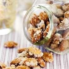 Hembrända! mandlar blir ett smarrigt inslag på gottebordet