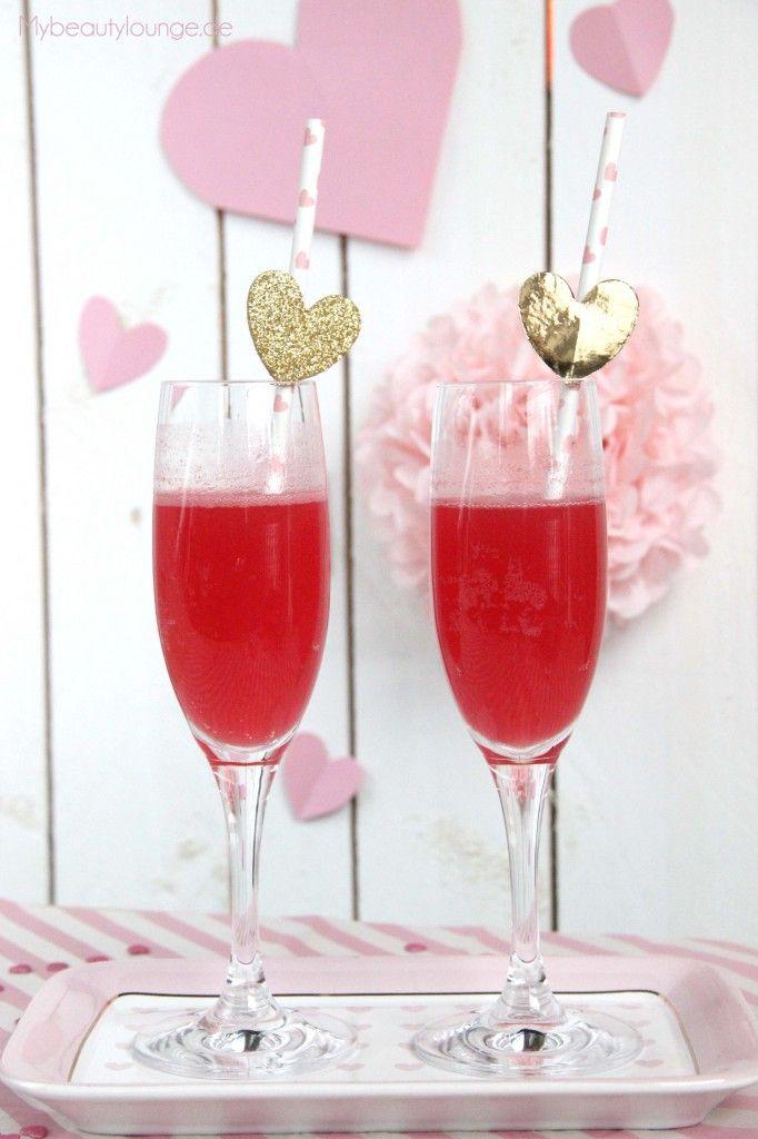 "fruchtiger Valentinstag Drink ""The Valentine"" | Rezept | fruity Valentine's Day drink recipe | Mybeautylounge.de"