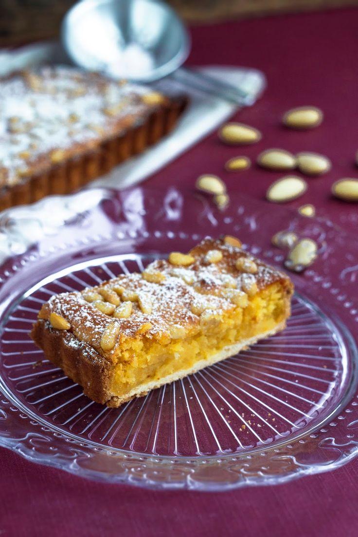Tarte de amêndoa e pinhão | almond and pine nut tart