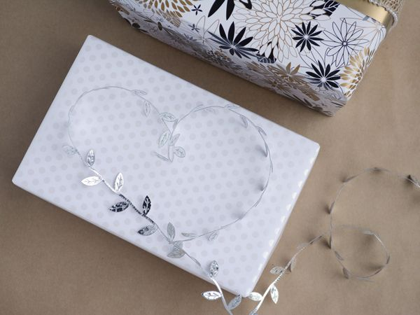 Elegant wrapping for Mum