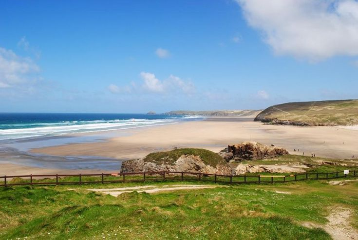 Cornwall's Beaches are some of the best in the world. Read our pick of the best at http://bit.ly/FHBeaches