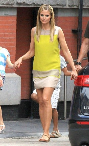 Heidi Klum's Color-Blocked Shift Dress