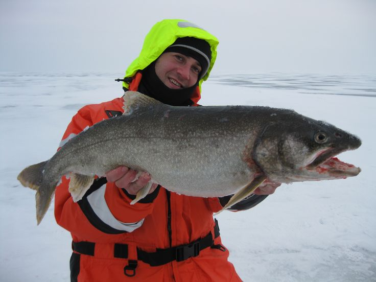 Our field test expert Delyan with a superb Lake Trout!