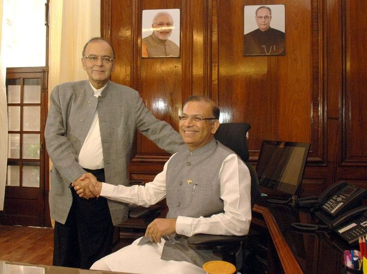 Expressing confidence that India will cross 6 per cent GDP growth in 2015-16, @JayantSinha, the new Minister of State for Finance today said the priority of the government will be job creation and inflation management.