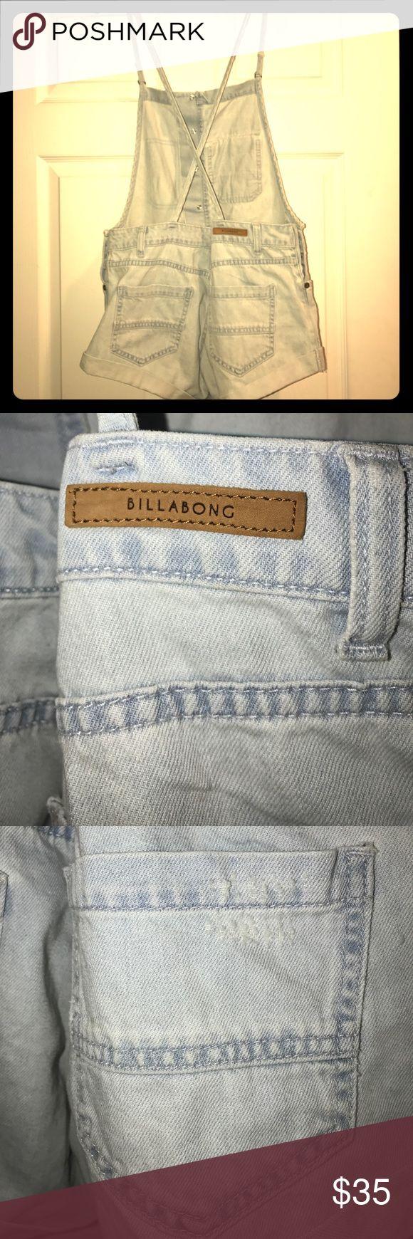BILLABONG short overalls Super beachy Billabong short overalls in stonewashed denim. Billabong Shorts Jean Shorts