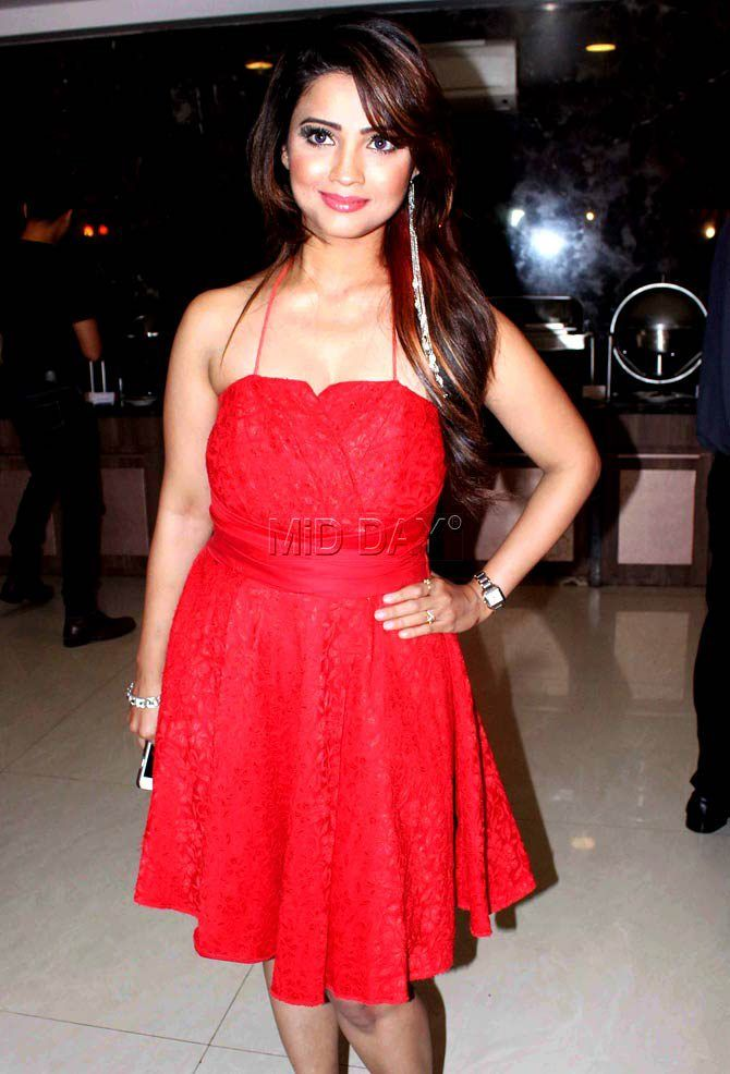 Adaa Khan at Digangana Suryavanshi's birthday bash. #Bollywood #Fashion #Style #Beauty #Hot #Sexy