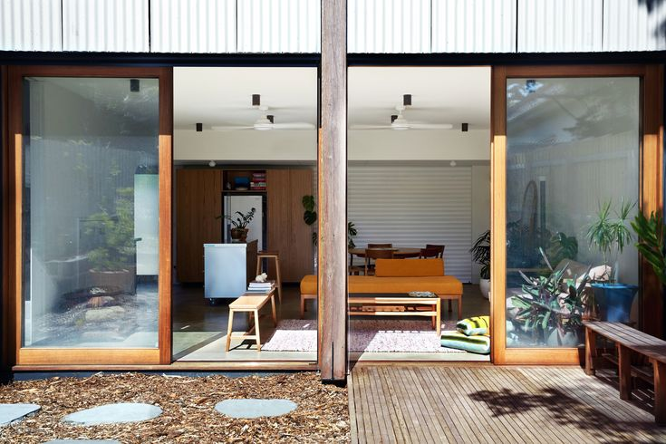 Image 3 of 22 from gallery of Garage House / Foomann Architects. Photograph by Willem-Dirk Du Toit