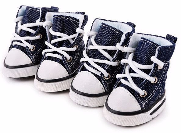 These stylish Denim Shoes will feel wonderful on your dogs feet. Please note:To provide our customers with the best value orders often ship direct from our manufacturers. Please allow 15-21 for shippi