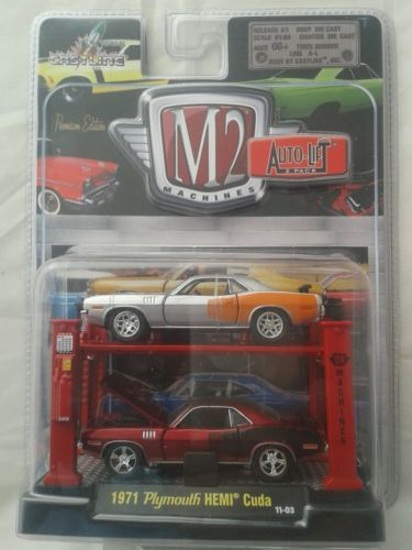 M2-machines-auto-lift-2-pack-die-cast-model-car-1971-Plymouth-hemi-cuda-prem-edt