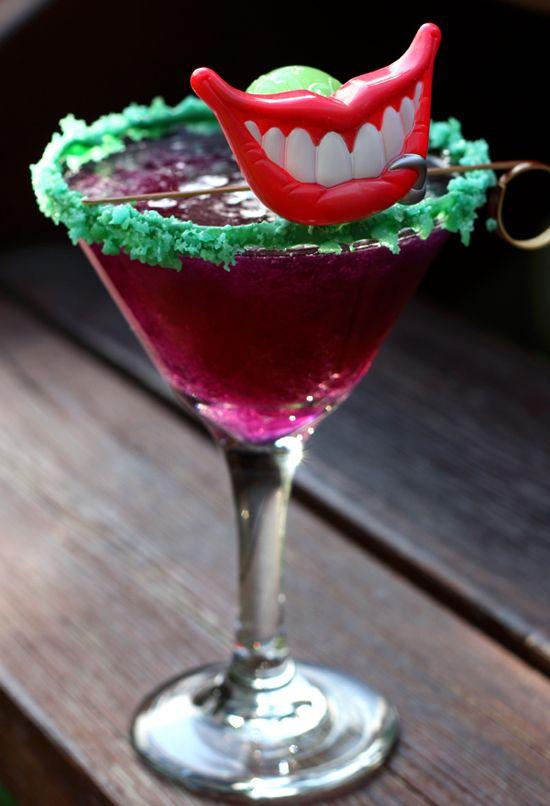 La recette de cette semaine pour l'émission Superman le dimanche soir (que vous pouvez écouter ici ) Les fous rire de la semaine dernières m'ont donnés le goût de vous faire un drink « boîte à surprise » : Le Joker! Étonnement et textures inattendues...