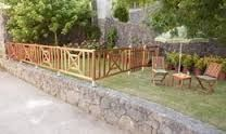 Image result for cercos madera negro