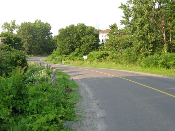 This is typical of the quiet roads in Prince Edward County