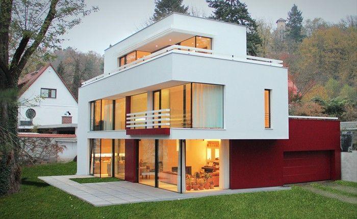 Bauhaus-Kunst aus Sachsen, Deutschland. Bauhaus. Modernes Wohnen. Flachdach. Flachdachhaus.