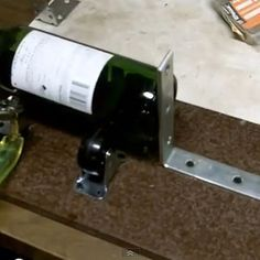 Make a Glass Bottle Cutter & How to Cut Wine Bottles for Cups -No more of those never-work cuttiing adventures with alcohol and string - this is for real - and this is safe!