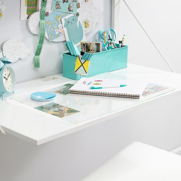Desk matte clear - perfect for photo display