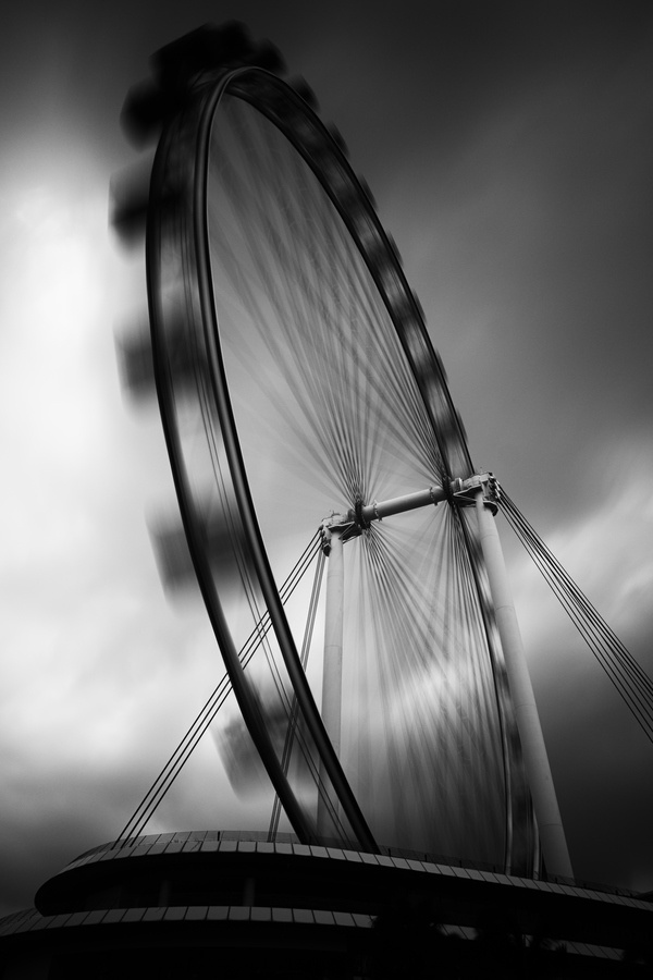 A contrasty rendition of the Singapore Flyer.