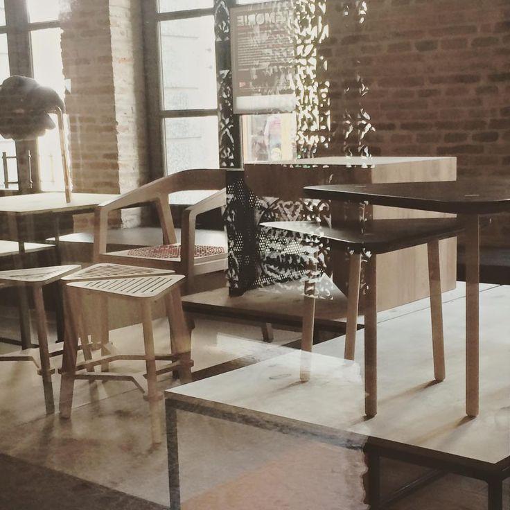 La Designarie la RDW 2015 Triangle Coffe Table Designers: Anamaria Bica & Ina Pop