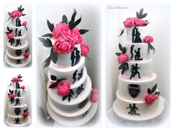 Wedding cake by Lucie - http://cakesdecor.com/cakes/284204-wedding-cake