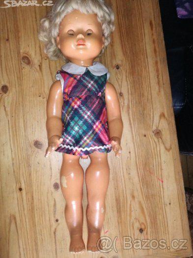 stará retro brečící panenka - 1