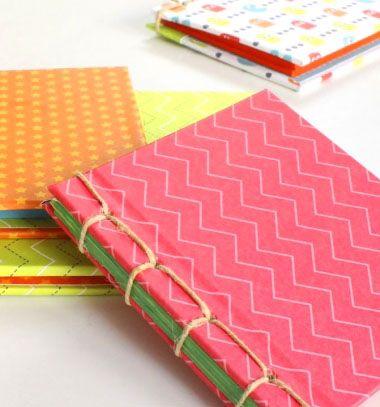 DIY Japanese book binding - how to make a sketchbook // Japán könyvkötés egyszerűen - jegyzetfüzet készítés házilag // Mindy - craft tutorial collection