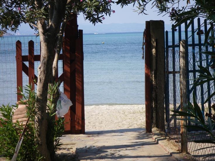 open door    to the beach