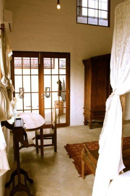 Sunrise room has a full private bath
