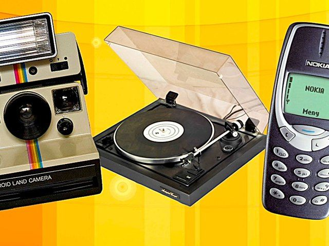 Are you feeling nostalgic, but still want to be in the now? GOOD NEWS! Jared Cotter has the top three retro gadgets that have a fun and modern twist.