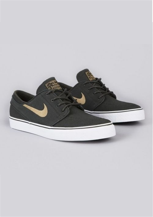 Nike SB FREE - Skater shoes - black/white Men adidas roshe twonew collection