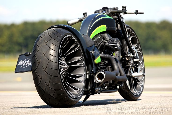 Thunderbike TB-R II (Harley-Davidson Softail Breakout based custombike)