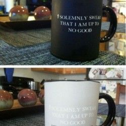 Coffee Mug Changes Color As You Drink Your Coffee. Must find this mug. I know a number of people it would be perfect for
