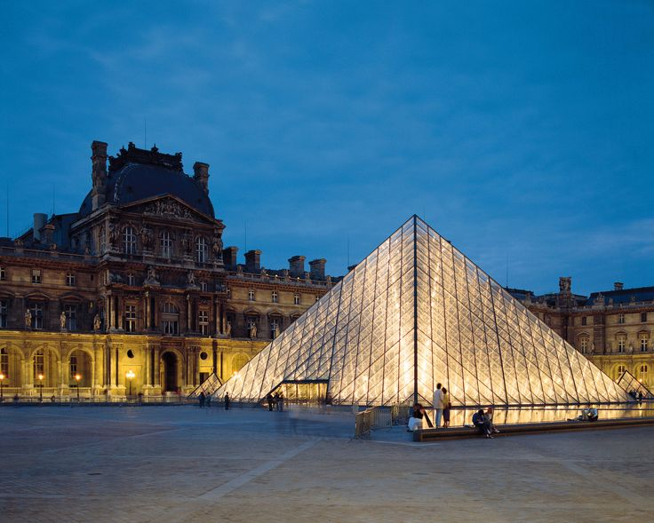 【H.I.S.】【ルーブル美術館】言わずと知れたフランスの名所・ルーブル美術館。館内がとても広いので、できれば事前に観るものを絞るといいかもしれません。 #travel #france