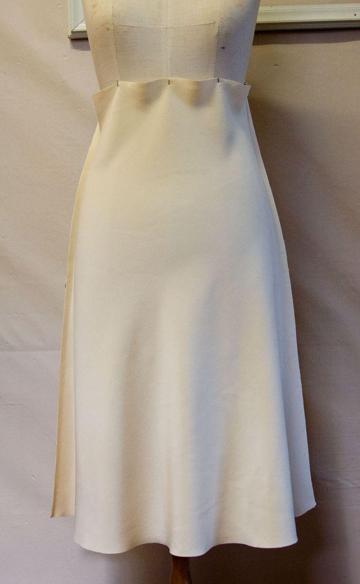 pattern ~ scissors ~ cloth: The Ruby Slip #5 - Sewing the Bias Skirt