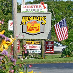 America's Favorite Seafood Dives   Massachusetts   CoastalLiving.com Linda and I ate at all 3 locations when we lived in Boston. Great fud! Linda cannot eat shellfish, however they have other great fish dishes! John Brumbaugh