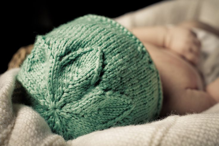 Star Flower Hat - Baby Cakes by Little Cupcakes - Knitting Pattern - Bc31