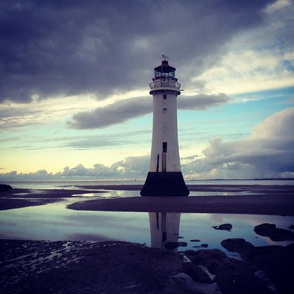We Love Friday! - Lighthouses Around the World