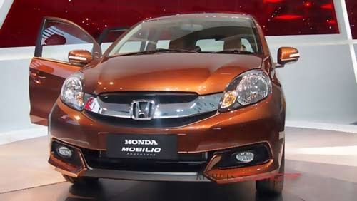 penjualan honda meningkat mobilio - http://www.hargakredithonda.com/2014/06/penjualan-honda-naik-mobilio.html