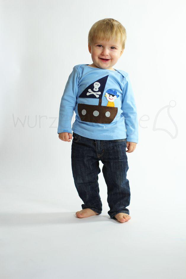 Shirt Langarmshirt mit Pirat und Filzboot