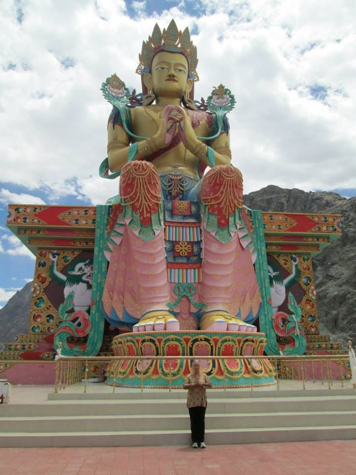 Magnificent Lakakh, #India - Buddhist statue #Travel