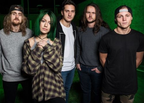 tonight alive 2015