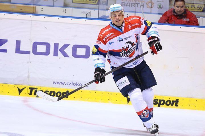 HC Pardubice Petr Sykora https://www.facebook.com/HC.Pardubice.fans/photos/a.1429280243979832.1073741828.1429049924002864/1645002459074275/?type=3