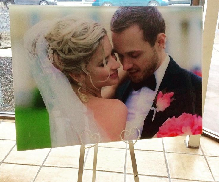 Have your favorite wedding photo printed on acrylic.  WOW...a modern way to display your favorite pictures on a wall or easel #weddingphotos #weddingpictures #weddingstyling #weddinginspo #wedding  #weddinginvitation #inspireddesign #inspireddesignideas #inspireddesigninvites
