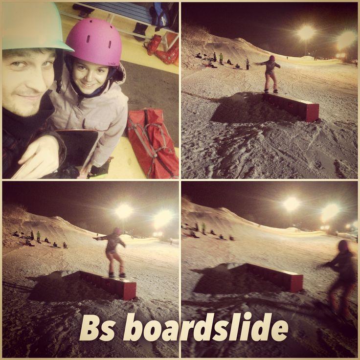 Ксения Маричева не только отличная скейтбордистка, но и старается себя показать в сноубординге!