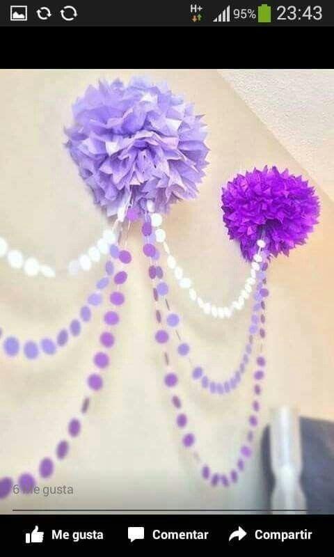 Guirnaldas y Pompones para fiesta temática de Princesa Sofia