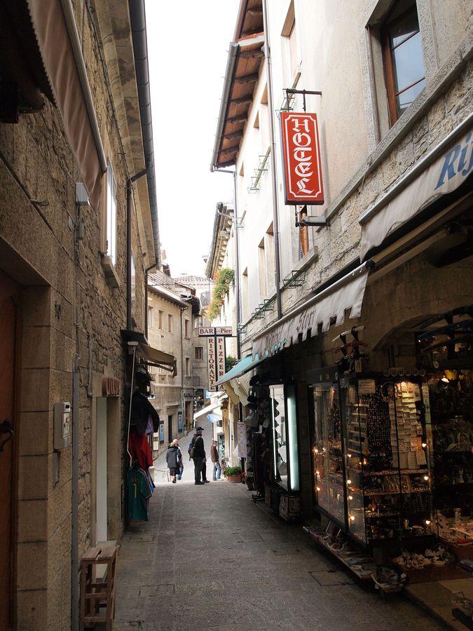 13 Best San Marino At Night Images On Pinterest
